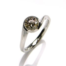18ct White Gold & champagne Diamond Ring